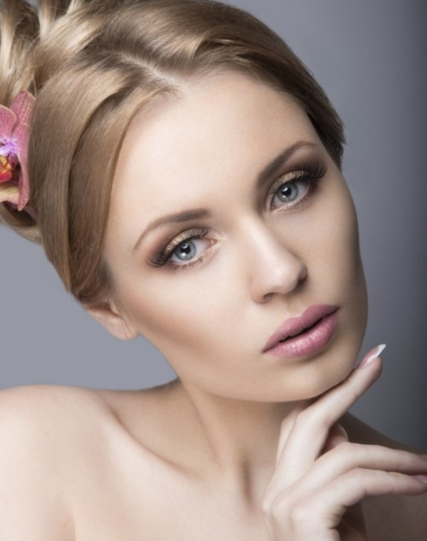 pink-lips 14 Latest Makeup Trends to Be More Gorgeous in 2020