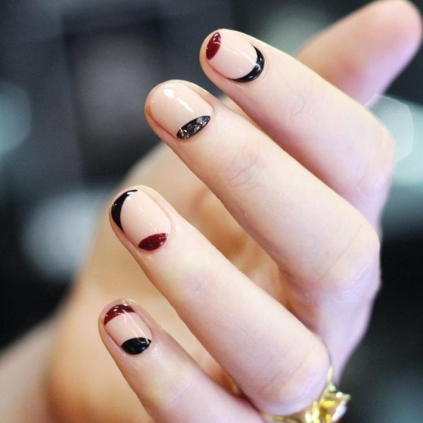 simple-nails-4 28 Dazzling Nail Polish Trends You Must Try in 2017