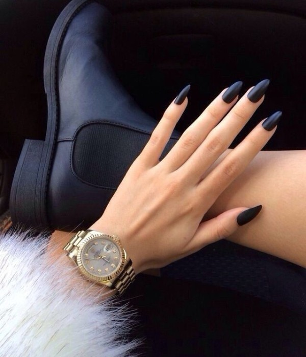 simple-nails-8 28+ Dazzling Nail Polish Trends You Must Try in 2018