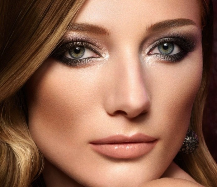 smokey-eyes-11 14 Makeup Trends to Be More Gorgeous in 2017