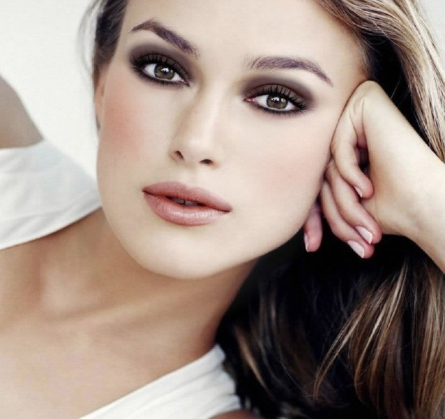 smokey-eyes-12 14 Latest Makeup Trends to Be More Gorgeous in 2020