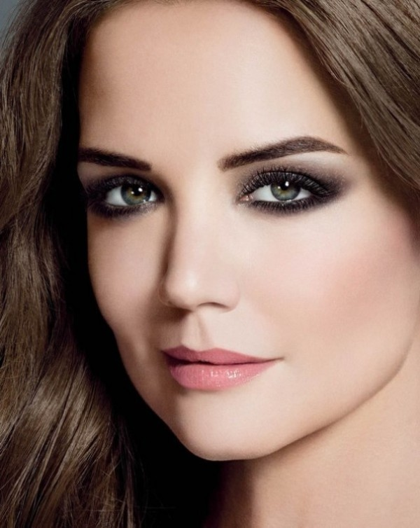 smokey-eyes-4 14 Makeup Trends to Be More Gorgeous in 2017