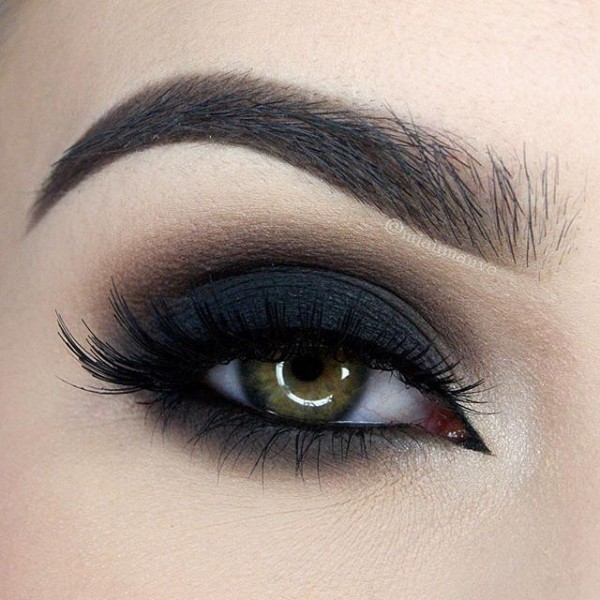 smokey-eyes-5 14 Latest Makeup Trends to Be More Gorgeous in 2020