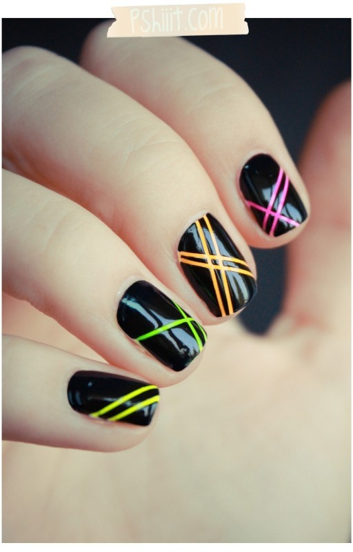 striped-nails-1 28 Dazzling Nail Polish Trends You Must Try in 2017