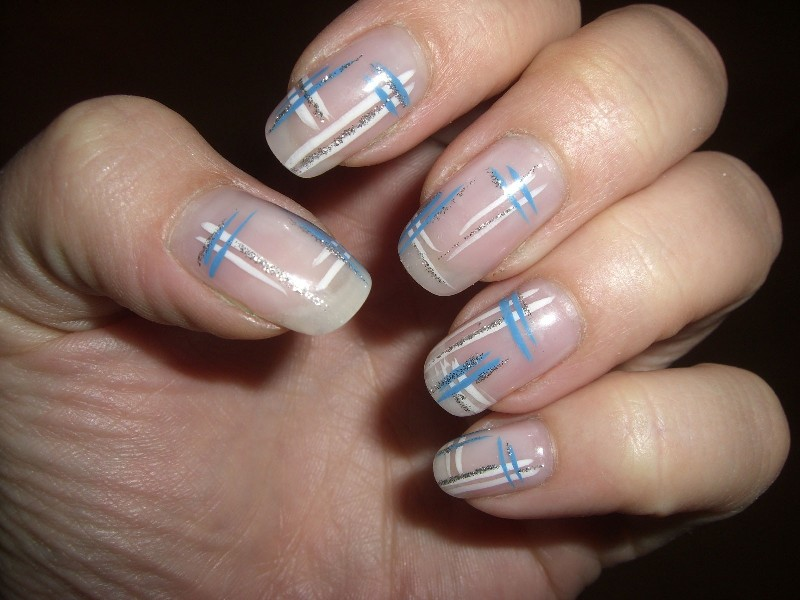 striped-nails-16 28+ Dazzling Nail Polish Trends You Must Try in 2021