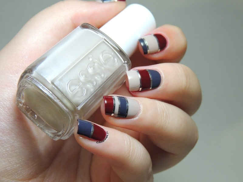 striped-nails-17 28+ Dazzling Nail Polish Trends You Must Try in 2021