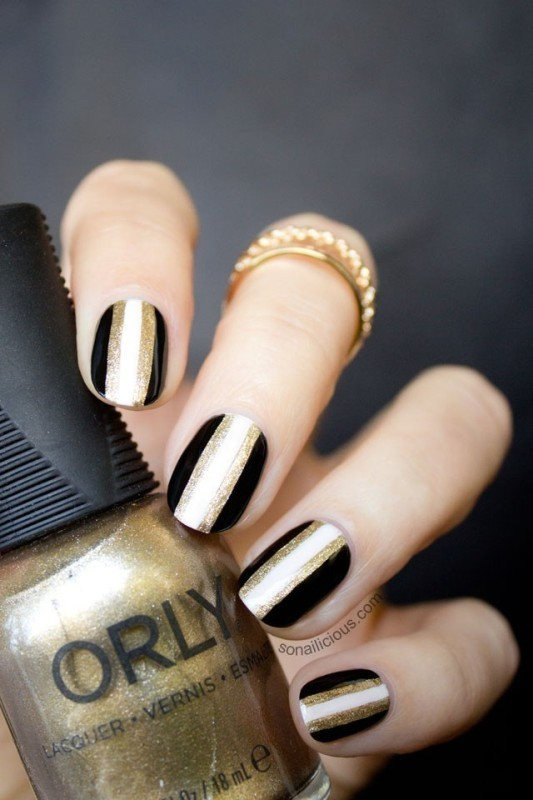 striped-nails-2 28+ Dazzling Nail Polish Trends You Must Try in 2018
