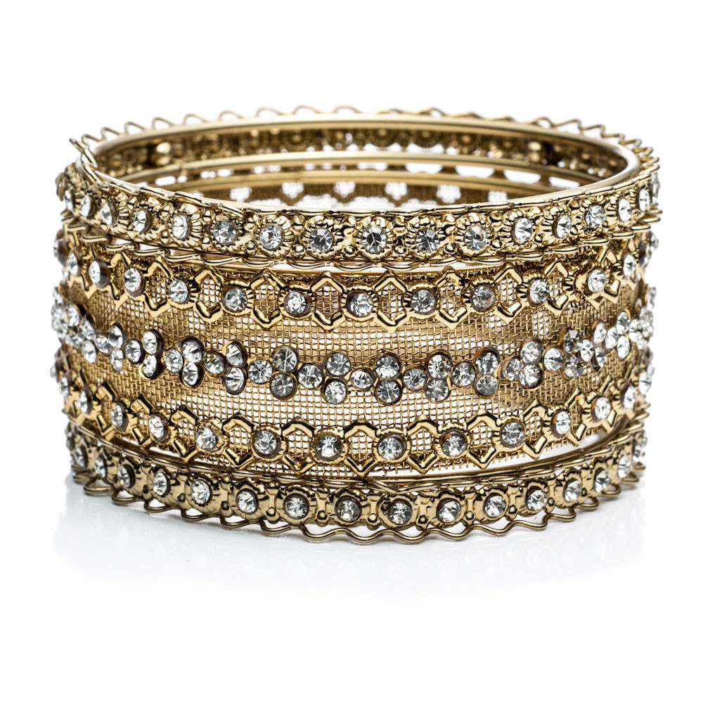 BANGLES3 10 Most Beauty Trends That Men Hate