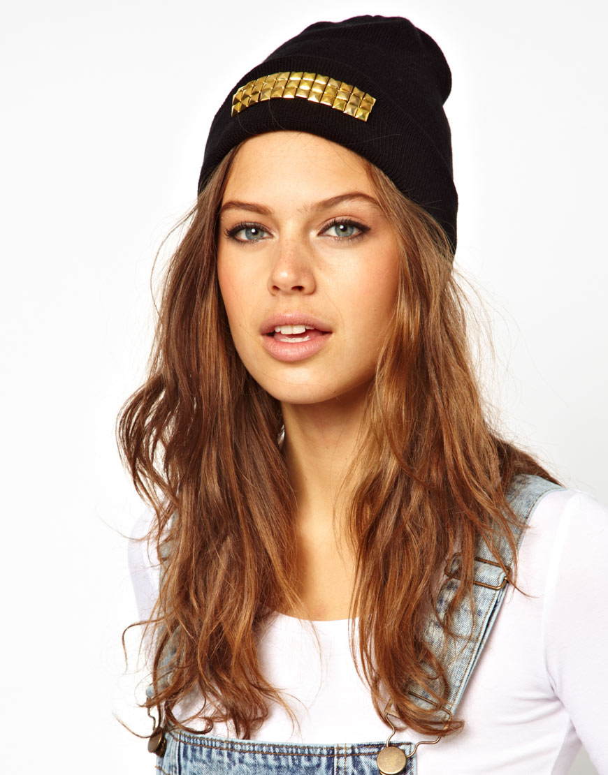 BEANIES2 10 Most Beauty Trends That Men Hate