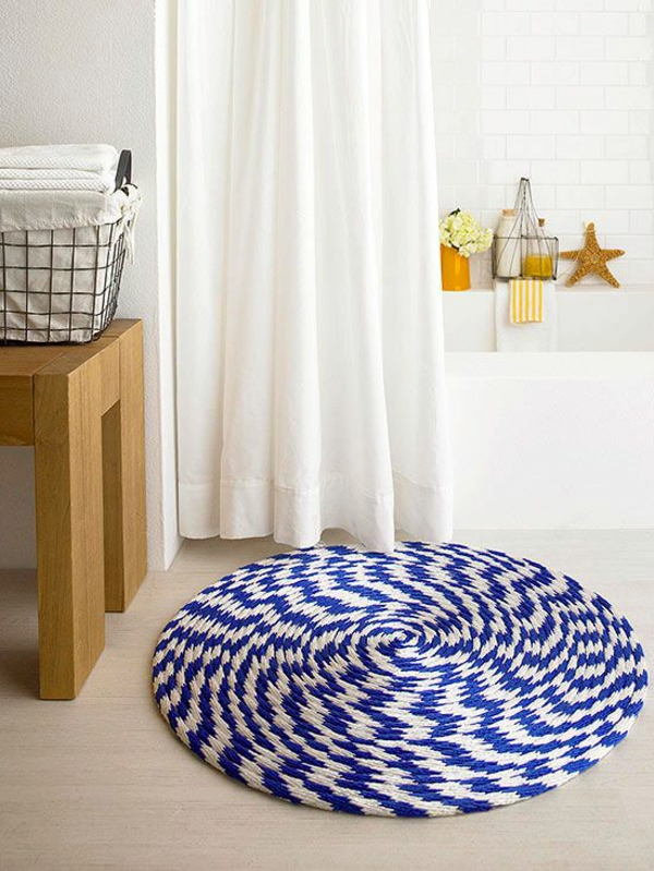 Braided-bath-rug3 10 Creative DIY Bathroom Rugs