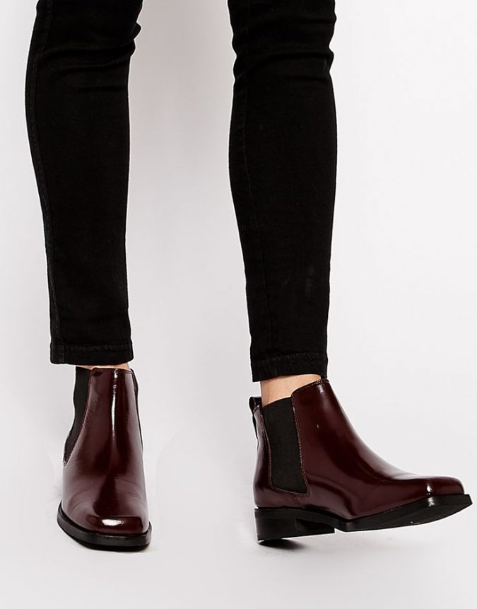 Chelsea-boots4-675x861 5 Stylish Women Shoe Trends for 2020