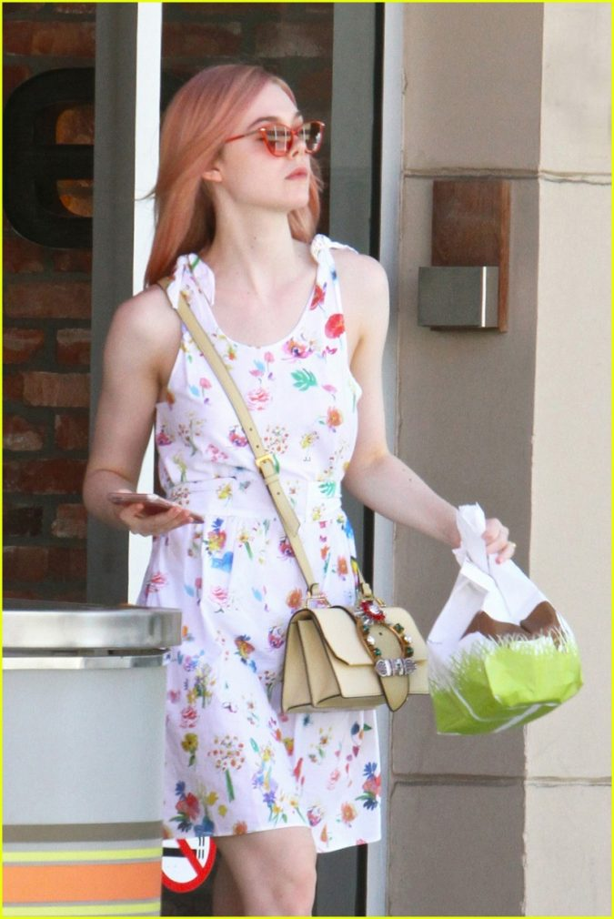 Elle-Fanning-675x1010 15+ Fashionable Tremendous Celebrities' Hairstyles