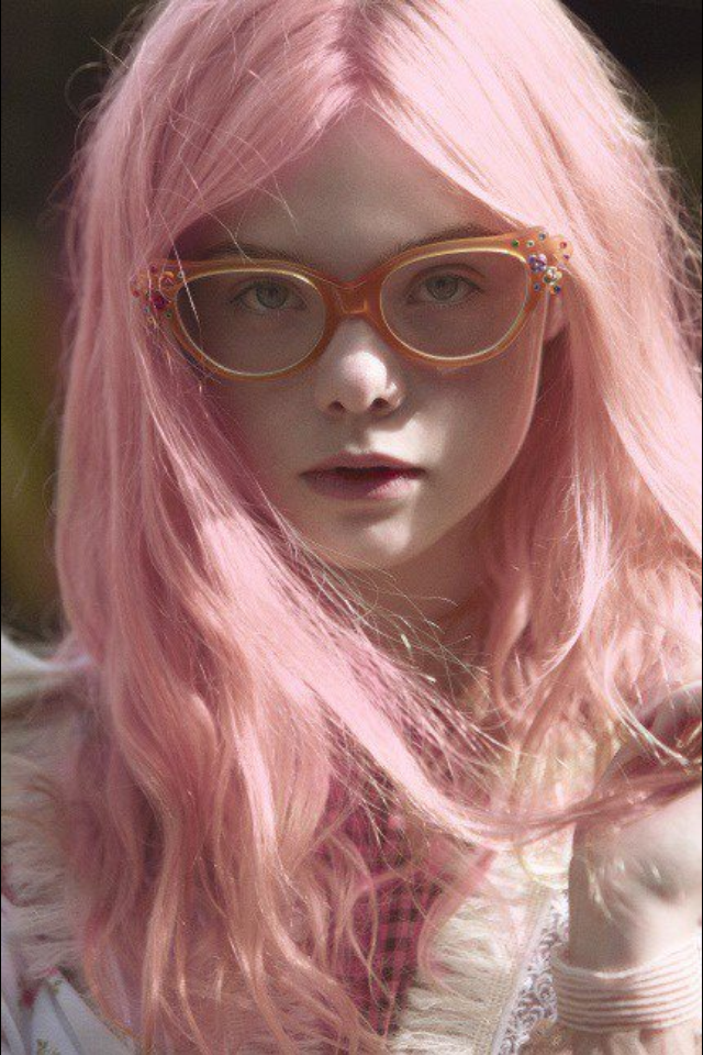 Elle-Fanning5 15+ Fashionable Tremendous Celebrities' Hairstyles