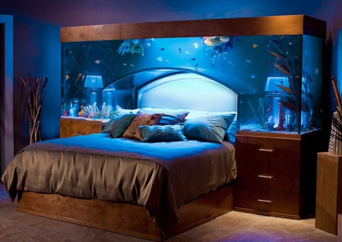 Fish-Tank-over-Bed-Ideas-675x478 7 Design Ideas for Teens' Bedrooms