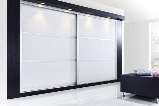Frosted-windows-wardrobe3-675x450 Most Stylish 6 Bedroom Wardrobes Design Ideas