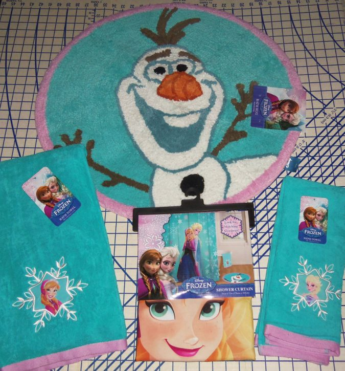 Frozen-rug-675x725 25+ Cutest Kids Bathroom Rugs for 2017