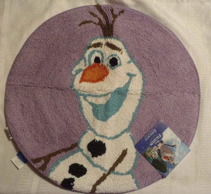 Frozen-rug2-675x622 25+ Cutest Kids Bathroom Rugs for 2021