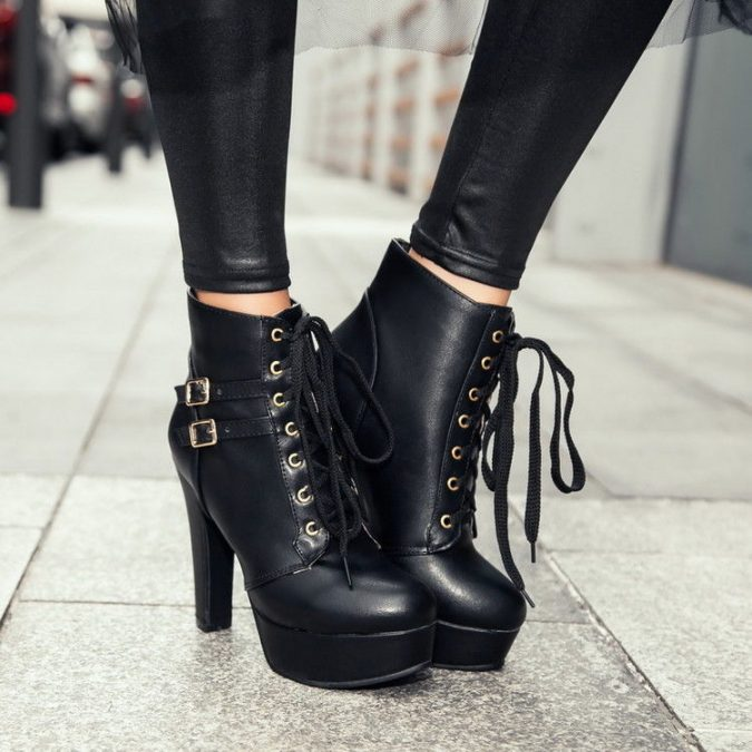 Lace-up-women-boots-675x675 5 Main Women Shoe Trends for 2018