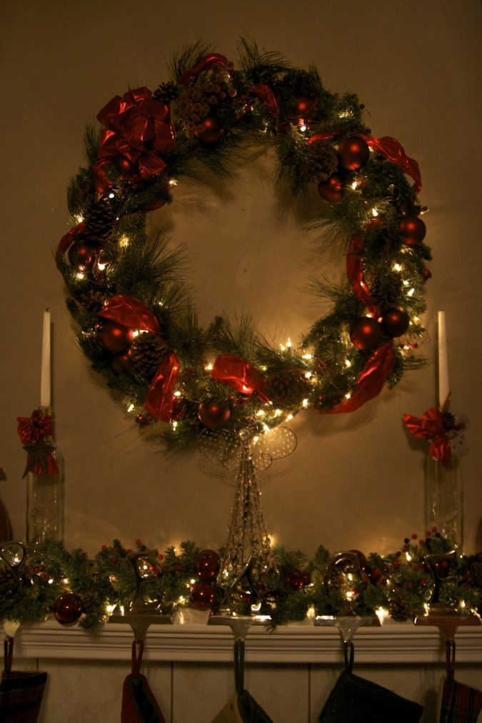 New-Year-wreath-675x1013 2018 Best New Year's Eve Decorating Ideas