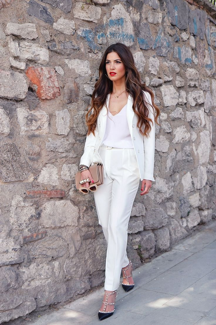 PANTSUITS3 10 Most Beauty Trends That Men Hate