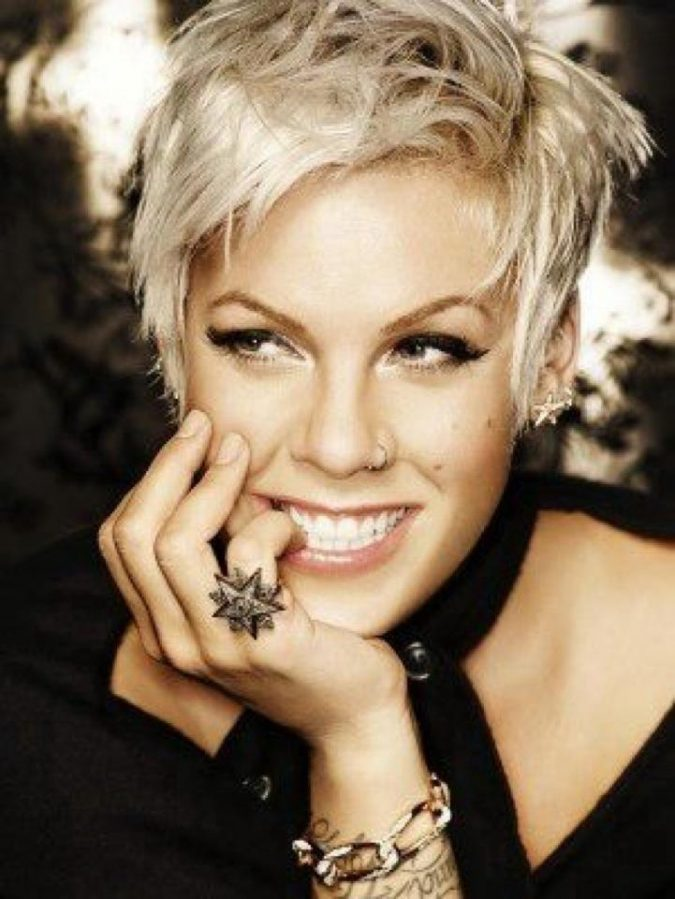 Pink4-675x899 Trendy Fashion: 15+ Hottest Celebrities' Hairstyles Trends