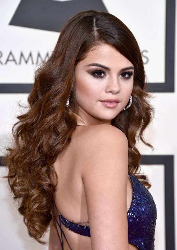 Selena-Gomez4-675x955 Trendy Fashion: 15+ Hottest Celebrities' Hairstyles Trends