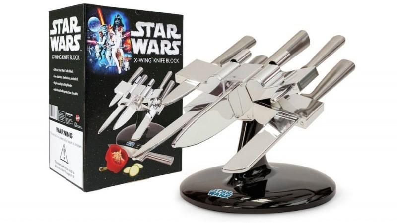 Star-Wars-Knife-Block 50 Affordable Gifts for Star Wars & Emoji Lovers