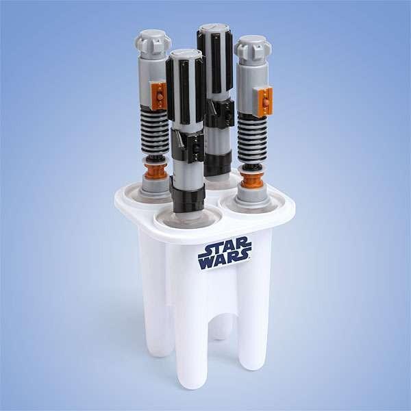 Star-Wars-Light-Saber-Popsicles 50 Affordable Gifts for Star Wars & Emoji Lovers
