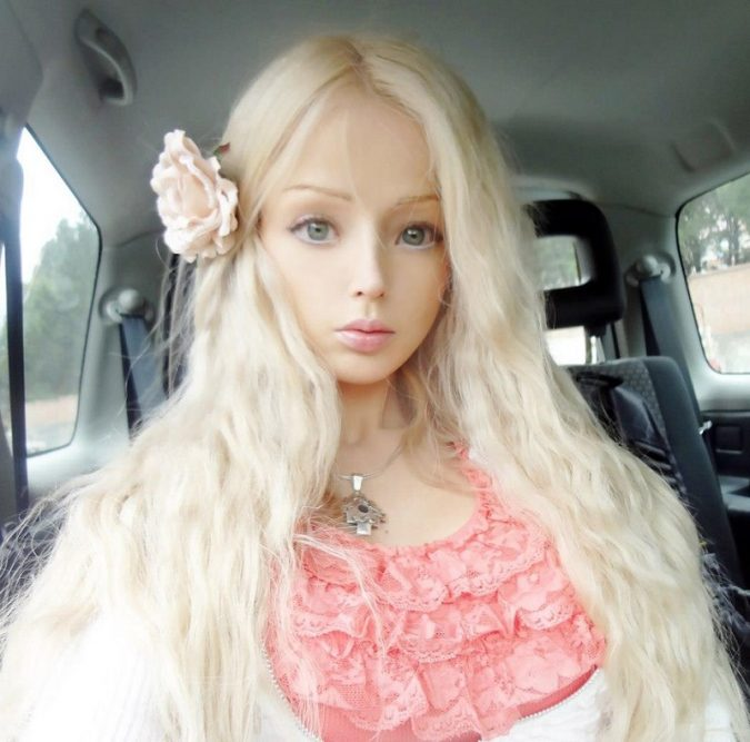Valeria-Lukyanova4-675x667 6 Most Popular Barbie Girls in The World