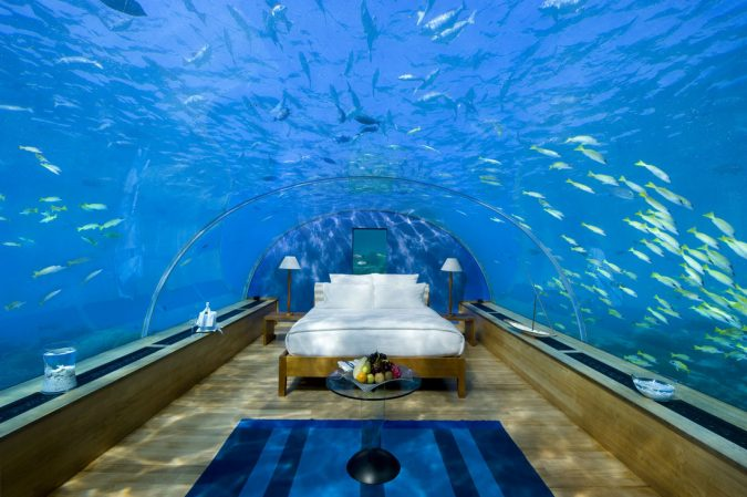 aquarium-bedroom-1-675x449 7 Design Ideas for Teens' Bedrooms
