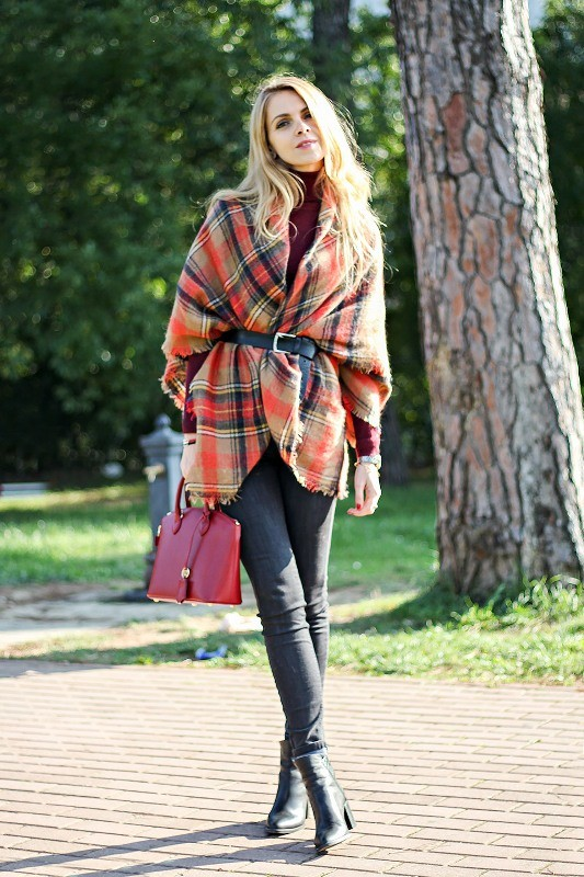 catchy-scarves-6 39 Most Stunning Christmas Gifts for Teens 2017