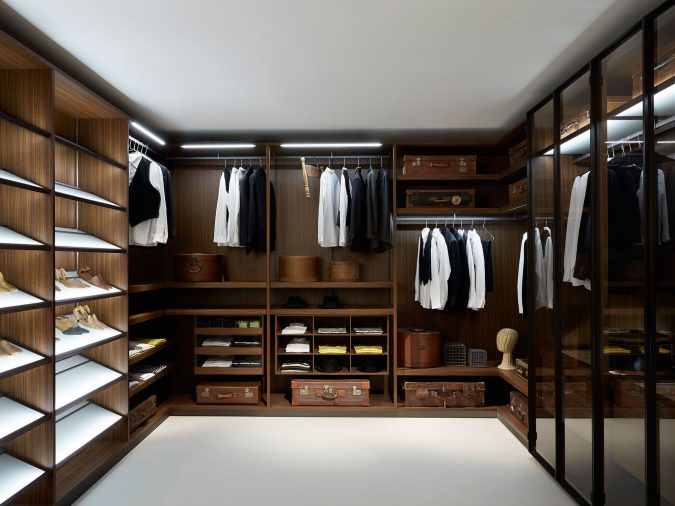 classic-glassy-wardrobe5-675x506 Most Stylish 6 Bedroom Wardrobes Design Ideas