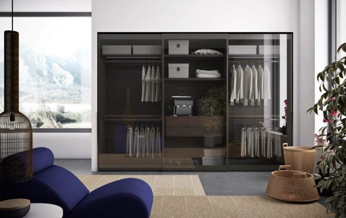 classic-glassy-wardrobe6-675x426 Most Stylish 6 Bedroom Wardrobes Design Ideas