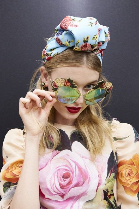 colorful-lenses-8 Best 10 Hottest Eyewear Trends for Men & Women 2019
