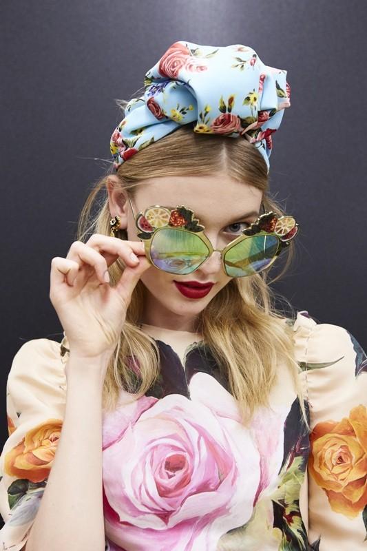 colorful-lenses-8 Best 10 Hottest Eyewear Trends for Men & Women 2020