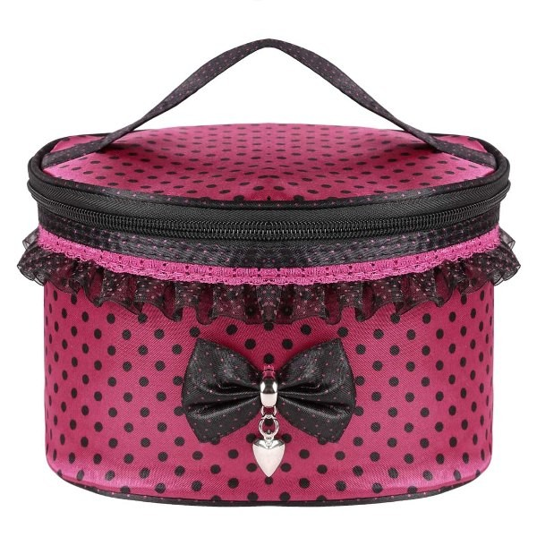 cosmetic-bags-1 39 Most Stunning Christmas Gifts for Teens 2017