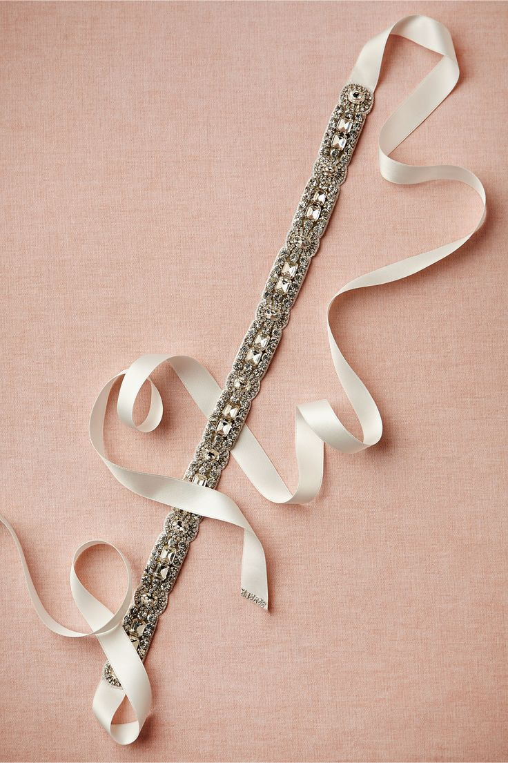 crystal-belts4 19+ Highest Rated Belt Trend Forecasts For Winter & Fall 2020