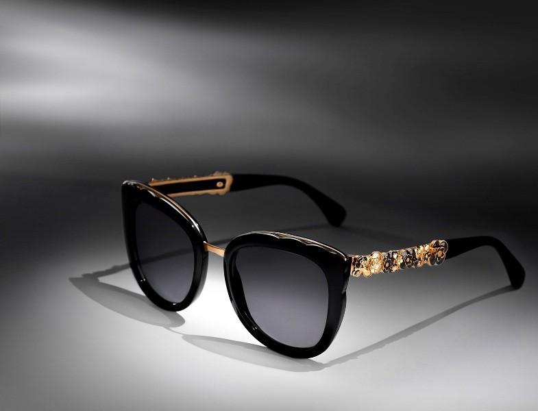 embellished-sunglasses-11 Best 10 Hottest Eyewear Trends for Men & Women 2020