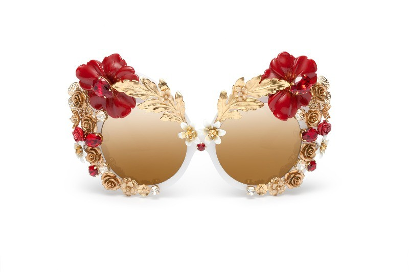 embellished-sunglasses-3 Best 10 Hottest Eyewear Trends for Men & Women 2019