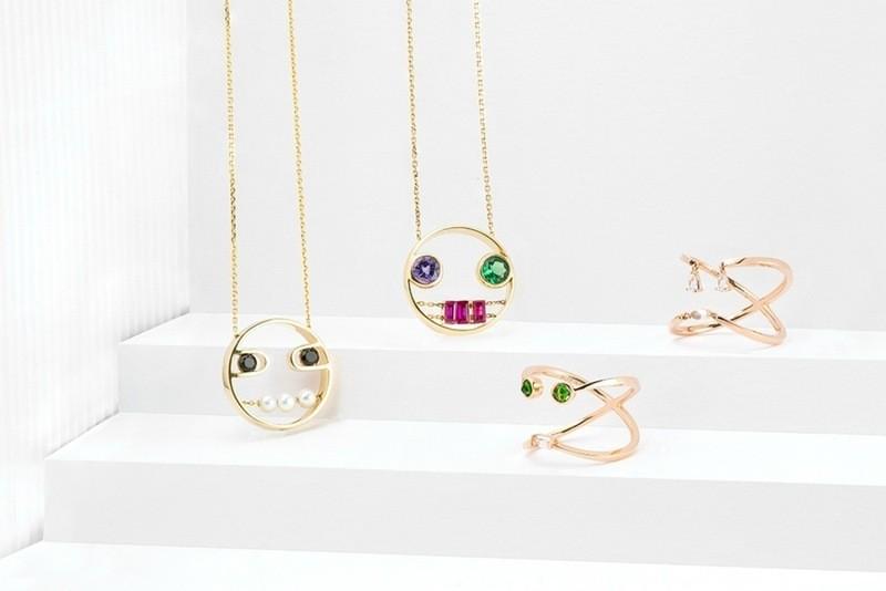 emoji-jewelry-6 50 Affordable Gifts for Star Wars & Emoji Lovers