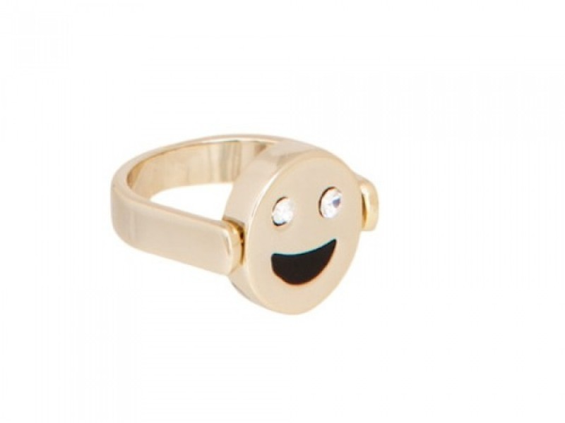 emoji-jewelry 50 Affordable Gifts for Star Wars & Emoji Lovers