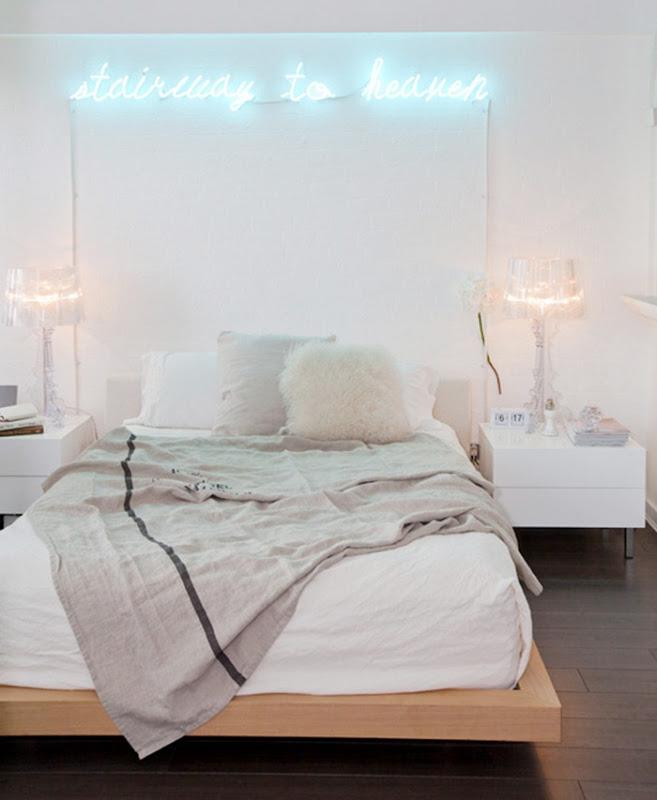 favorite-quote-in-neon 7 Design Ideas for Teens' Bedrooms