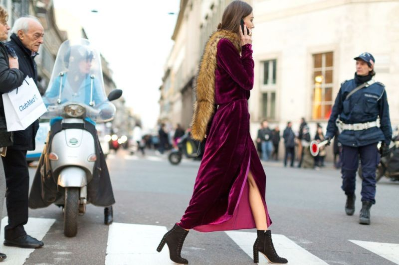 fur-scarves-12 20+ Catchiest Scarf Trends for Women in 2020