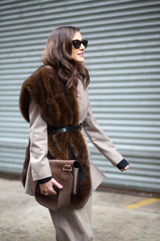 fur-scarves-3 20+ Catchiest Scarf Trends for Women in 2020