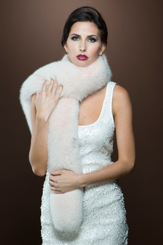 fur-scarves-6 20+ Catchiest Scarf Trends for Women in 2020