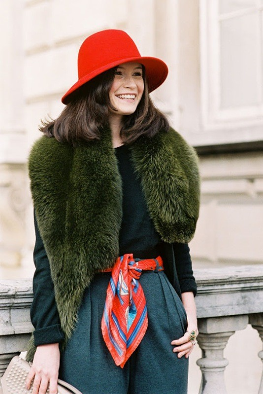 fur-scarves-9 20+ Catchiest Scarf Trends for Women in 2020