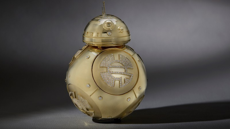 gold-and-diamond-BB-8-Droid-Figurine 50 Affordable Gifts for Star Wars & Emoji Lovers