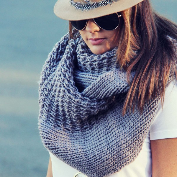 knit-scarves-16 20+ Catchiest Scarf Trends for Women in 2020
