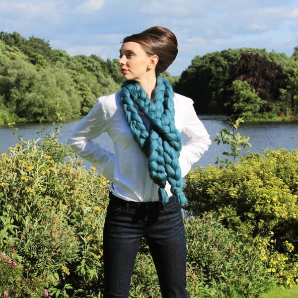 knit-scarves-17 +20 Catchiest Scarf Trends for Women in 2017