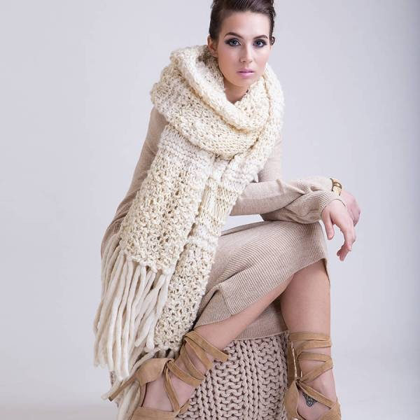 knit-scarves-18 20+ Catchiest Scarf Trends for Women in 2020